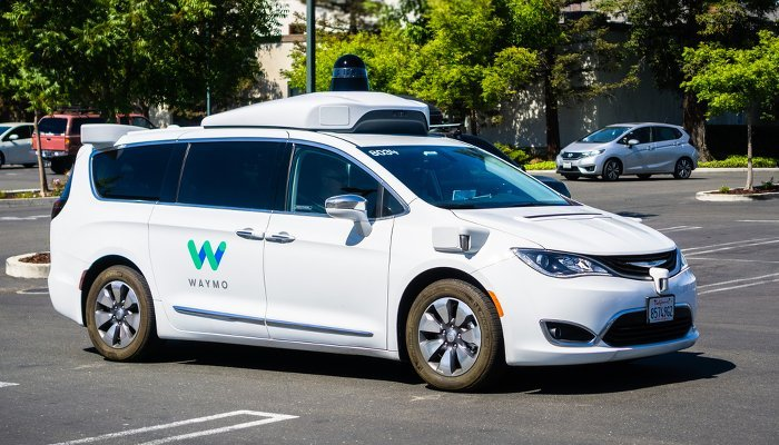 Waymo Auto Quelle Sundry Photography Shutterstock 1117897193 700
