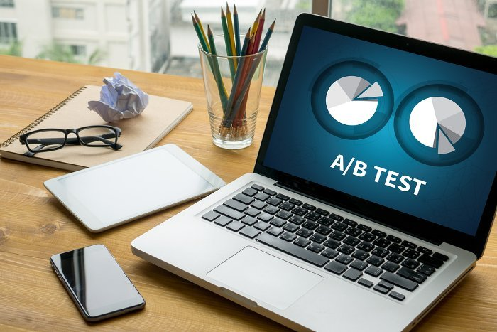 AB Test Laptop 489927694 700