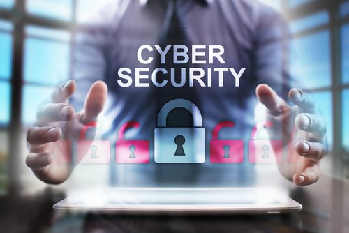 Cyber Security Haende Schloss Shutterstock 382709833 500