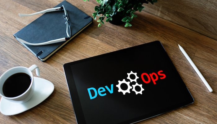 DevOps Tablet Shutterstock 1161141994 700