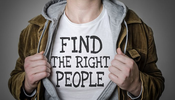 T-Shirt: Find the right people