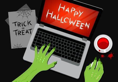 Halloween Laptop 493715926 500