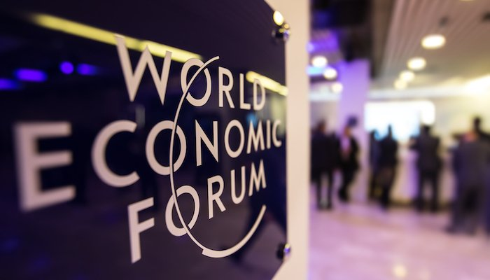 WEF Davos Quelle Drop Of Light Shutterstock Com 563134312 700